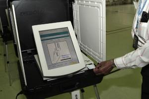 voting-machine-maryland-wikicommons-300x200