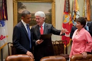 800px-Obama_and_Bill_Clinton